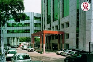 sir ganga ram hospital nearby metro station