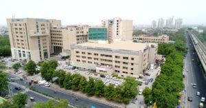 Rajiv Gandhi Cancer Hospital Rohini Nearest metro station