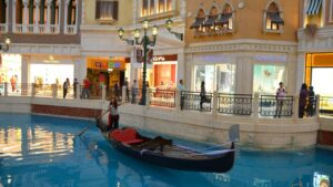Venice Mall Nearest Metro Station